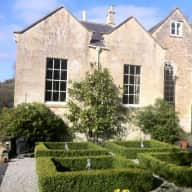 Loving dog/cat sitter for listed family house outside Bath