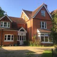 I require a trustworthy pet sitter to stay in my home in Caversham, Reading from 11th-20th January 2019.