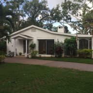 House and Pet sit in park like setting in Vero Beach FL