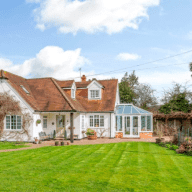 Attractive & comfortable house in beautiful, rural location in Headley , Hampshire