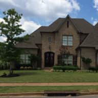 House sitter needed for 3 Ragdoll cats and a Mini-Aussie little dog in Olive Branch, MS from May 26 - June 5, 2016.