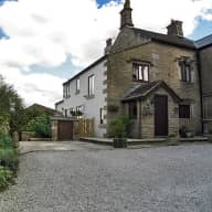 Petsitter needed in 17th century house in Lancashire for two English Springer Spaniels