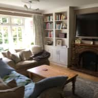 Lovely Labrador in Gorgeous Godalming, Surrey Requires Pet-Sitter
