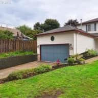 Quiet, Contemplative House in Convenient Portland Neighborhood