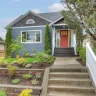 Dec 23-27 house/dogsit in Mount Baker, Seattle