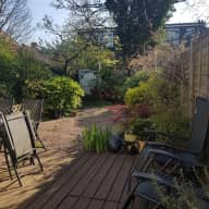 Bright and charming one bed flat with its own private garden.