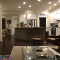 2 Sweet Doodles and home close to Beaches, State Park, walk to restaurants and grocery