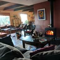Oregon Coast Range Scenic Homestead Dog and Chicken-Sitting