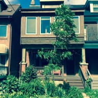 Cat/house sitter needed in Riverdale home