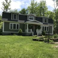 Home close to Ballston Lake & Saratoga Springs NY with 2 dogs & 1 cat