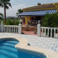 sitter for 1 cat & villa in spanish country side