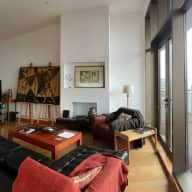 Glasgow penthouse with its own cat