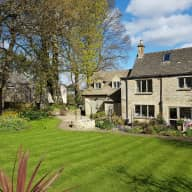 House, Garden and Dog in the Heart of the Cotswolds