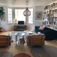 House sitter needed for dog and hamster in Los Angeles City