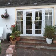 Country cottage close to Edinburgh