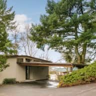 Stunning PDX Mid Century Home with a View