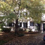 Pet & Housesitting in peaceful, private, spacious, comfortable setting