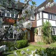 Wimbledon London, House & Dog sitter 8 nights  5th - 13th May, 5-29 June, 17 July - 15 August & 19 Sept - 20 October  - Lovely House with indoor swimming pool