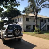 Historic Family Friendly Home with Black Lab, Fish & Chisckens (near Cairns, QLD)
