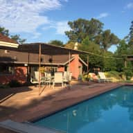 Beautiful home in Marin County with low maintenance kitty available for two weeks end of August!