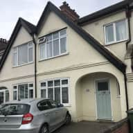 South West London house with garden, 2 dogs, looking for a sitter!