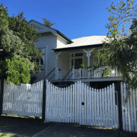 Classic Queensland Home, 3kms from CBD