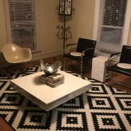 Cozy 2-bedroom apartment in vintage home