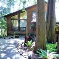Cozy Cabin-Like Home, near Portland OR