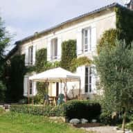 Pet and house sitter needed for our 2 cats while we are in UK,  near  La Reole, Gironde 33,