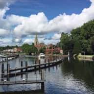 House and dog sitter in beautiful riverside town of Marlow