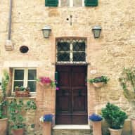 Would you like to house sit for the winter in a beautiful Tuscan village?