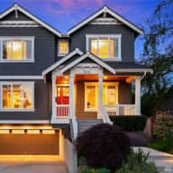 Beautiful Home with Loving American Bully/Pitbull in Laurelhurst, Seattle, WA