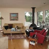 Home in desirable Portland, OR Multnomah Village