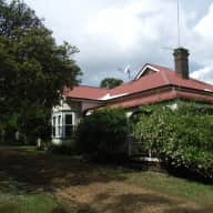 Small rural property with pets adjacent to Armidale NSW