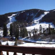 Pet sitting and Walk to the Ski Slopes, Good Deal for all!