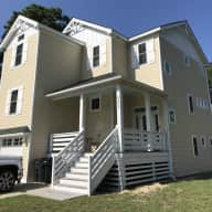 2 miles to beach Outer Banks North Carolina - 2 cats 4 bdrm home with stairs