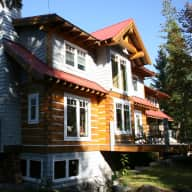 Beautiful home in Whistler with large breed dog