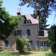 Dog, house & garden sitter  -  Aveyron, France
