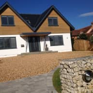 House & dog need looking after occasionally in Lymington, Hampshire, UK