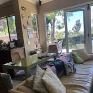 House and Petsitting In Irvine