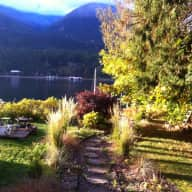 Wanted: Sitter for House with Dogs/Cats in beautiful Balfour, B.C located in the West Kootenays.
