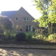 Pinneberg, Family / 3 dogs, 2 cats, nice house, near Hamburg