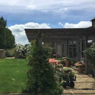 Very convenient but totally rural barn with amazing views,  feels like France, and near to Oxford.