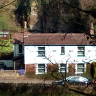 Pretty Cottage by the river in Frenchay near Bristol