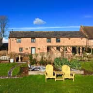 Pet Sitter Required for Dog, Hens & Ducks in Beautiful Rural Cheshire.