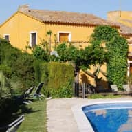 Beautiful catalan farmhouse to sit in wine region near Barcelona