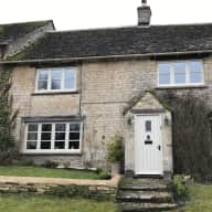 Dog & house sitter in beautiful Cotswolds