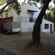 Caring dog and house sitters required for lovely cottage set in 2.5 acres in Central Portugal