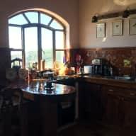 Beautiful, Colonial style studio apartment in mountain top villa