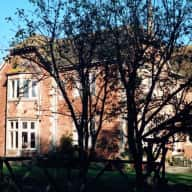 House/cat sitter required  2nd half September & most of October to live in tranquil 5 bed house in beautiful location